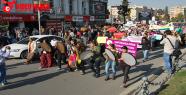 """""""Kadına şiddete hayır"""" yürüyüşü"""