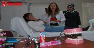 Öğrencilere diş fırçalamanın önemi anlatıldı