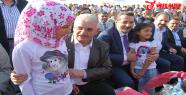 Suriyeli çocuklara oyuncak dağıtıldı