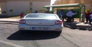 Urfa'da otomobil kamyonu yandan çarptı, 2 yaralı