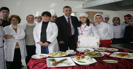 Üniversiteli Aşçının Başarısı