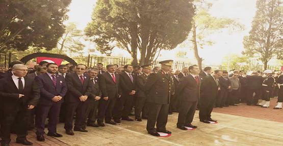 Urfa'da 10 Kasım törenleri Şehitlikte başladı
