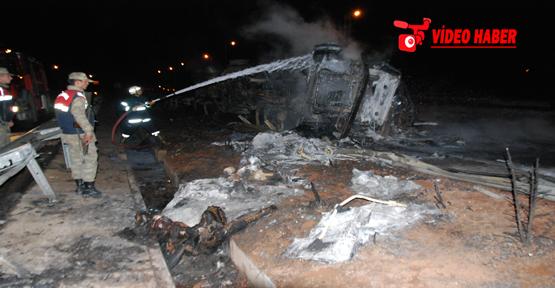 Urfa'da iki kamyon yandı, 1 ölü, 2 yaralı