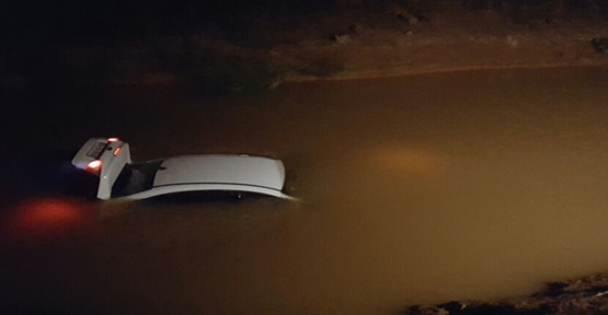 Urfa'da otomobil kanala uçtu