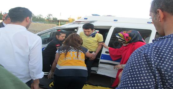 Urfa'da polis aracın karıştığı kazada 1 kişi yaralandı