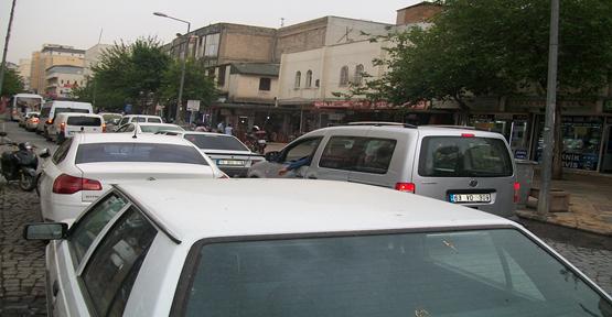 Urfa'da trafik sinirleri gerdi
