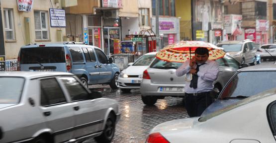 Urfa'da yağmur etkili oldu