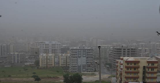 Urfa'yı toz bulutu kapladı