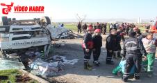 Çöp Aracında Feci kaza,1 ölü, 8 yaralı