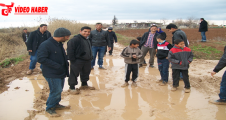 Çocukların okuluna çamur engeli