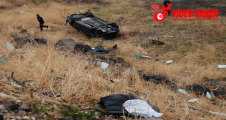 Urfa'da kaza yapan araçta sürücü uçuruma savruldu