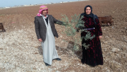 8 Mart Kadınlar Gününde Eşine Çiçek Yerine Zeytin Dalı Verdi