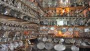 Yapılan Bakır Eşyaları Vitrinleri Süsleyen Süs Olarak Kullanılıyor