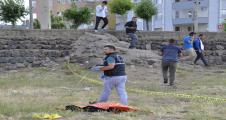 Şanlıurfa'da boş arazide ceset bulundu