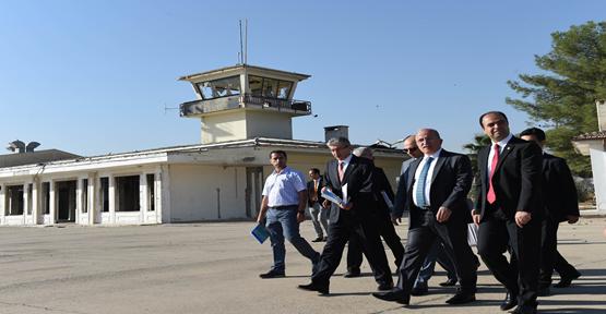 Vali Tuna Eski Havaalanında İncelemelerde Bulundu