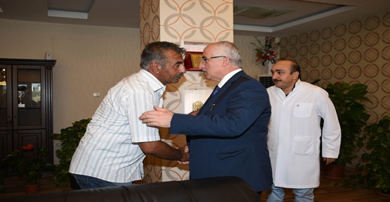 Vali Tuna Yaralı Polisleri Ziyaret Etti