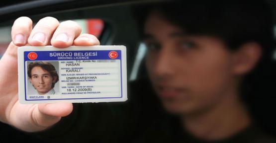 Yeni ehliyetler için istenecek belgeler belli oldu