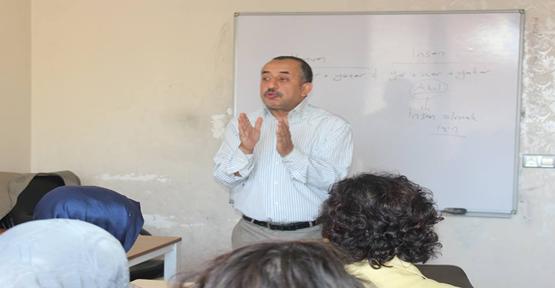 YGM'de gençlere yönelik seminerler devam ediyor